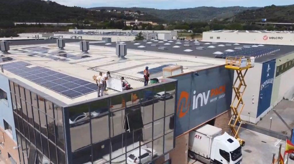 Instalación Paneles Solares en la sede de INVpack de la mano de Cliensol Energy